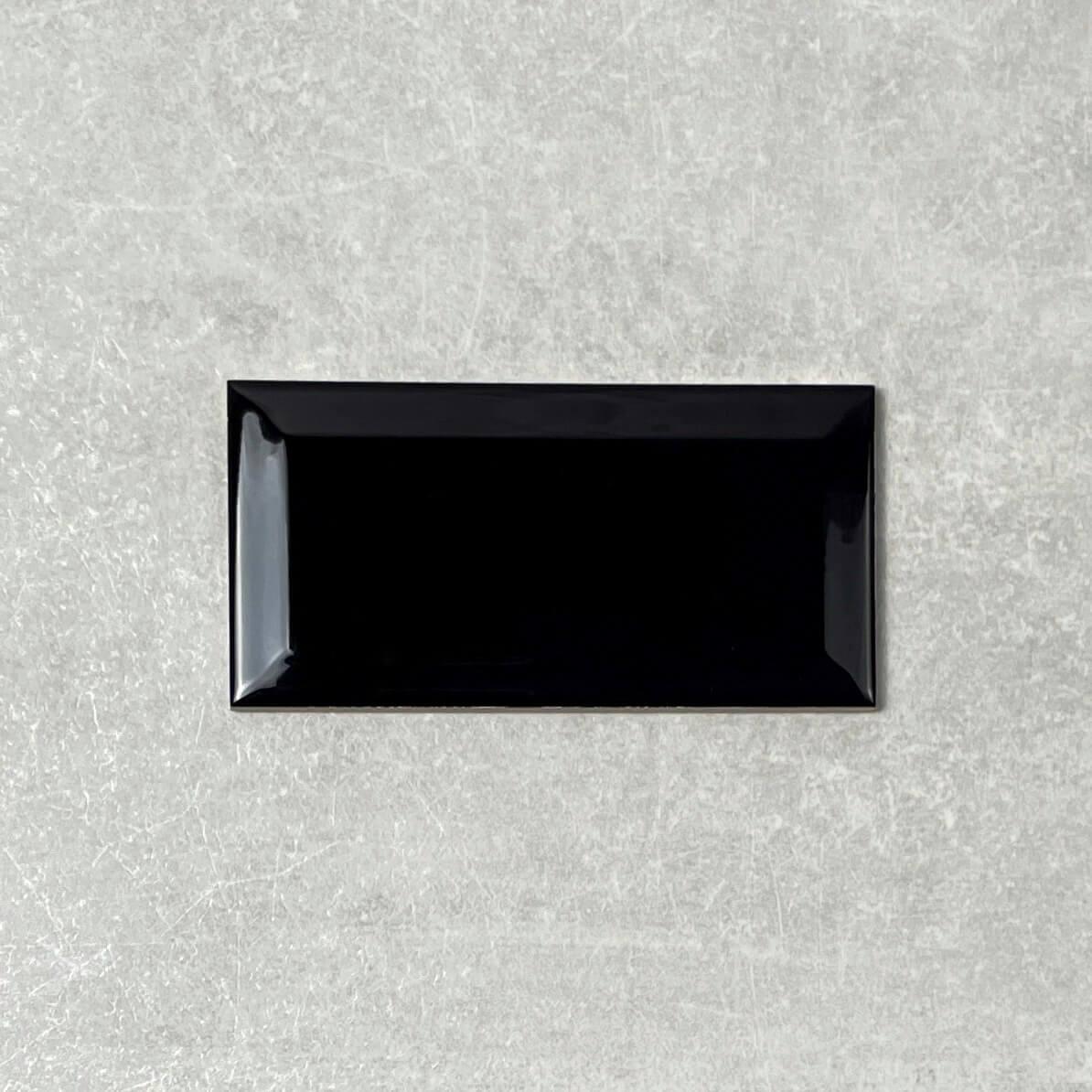 Bevelled Edge Black Gloss Ceramic Subway Wall Tile 4188