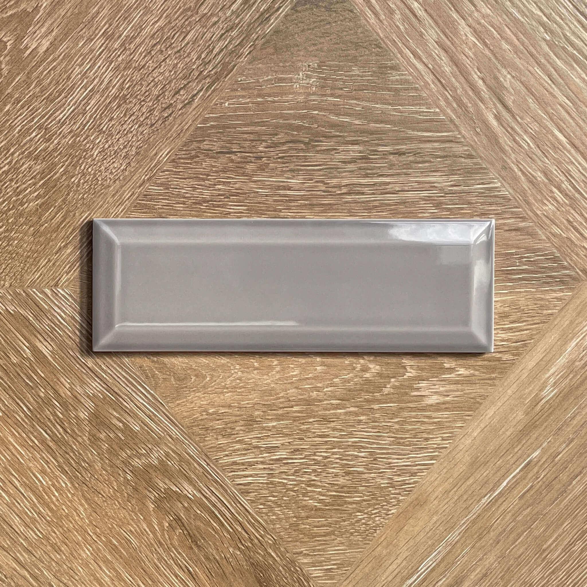 Sevilla Gravel Grey Bevelled Edge Gloss Spanish Ceramic Wall Tile 4225