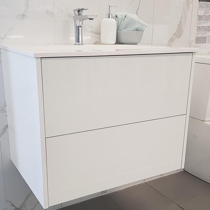 700(w)x500(d)x540(h)mm Bianco Wall Hung Vanity – Single Basin (#9411)